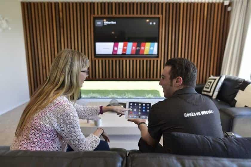 Geeks Help With Smart TVs